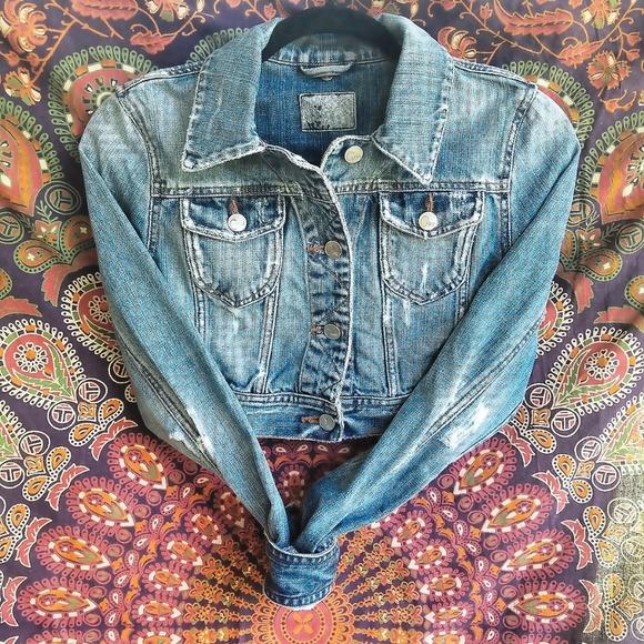 Jackets & Blazers - Cropped Jean jacket